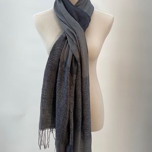 New York & Company Accessories - Brand new scarf